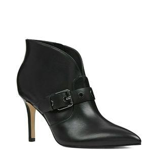 🆕️Nine West Grommet Strap Buckle Leather Booties